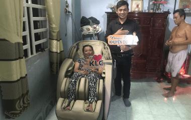Cô Nguyễn Hồng Oanh (56 tuổi) ở Bình Dương