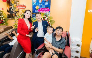 Phi Thanh Van Ghế massage KLC