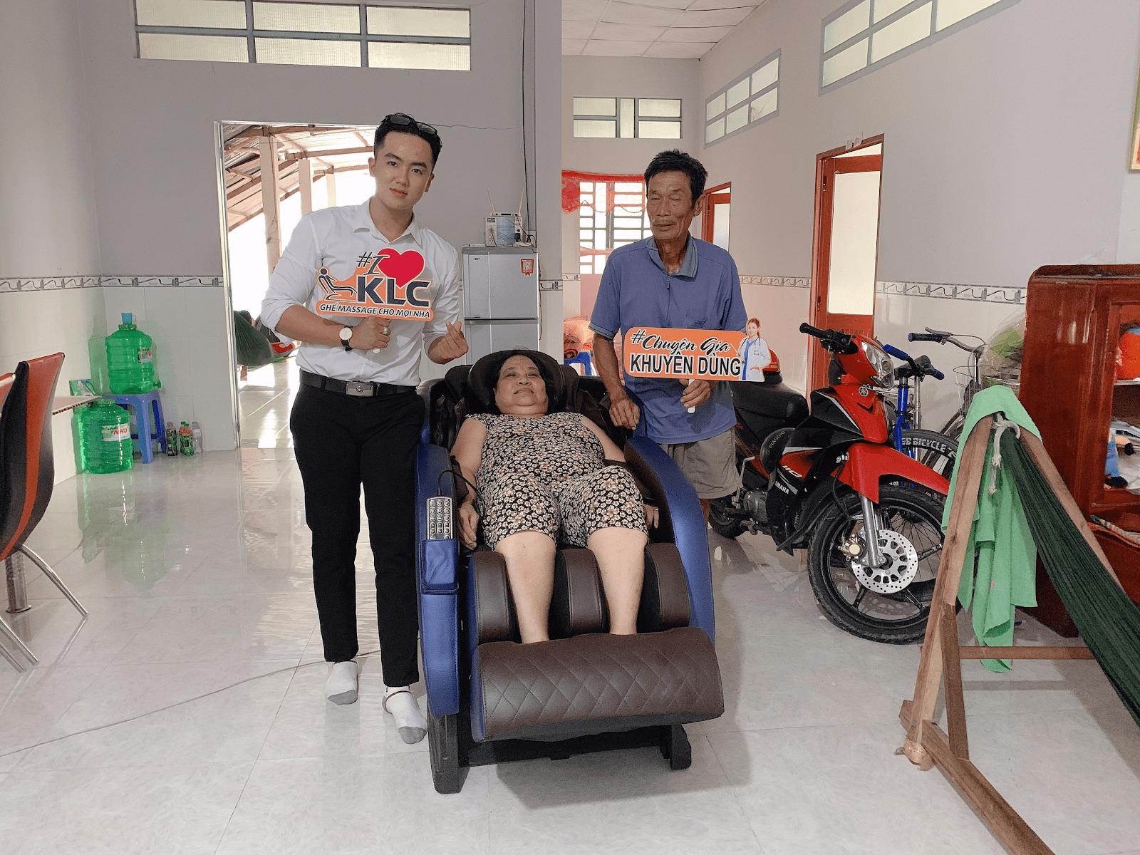 Chú Trần Văn Năm (65 tuổi)