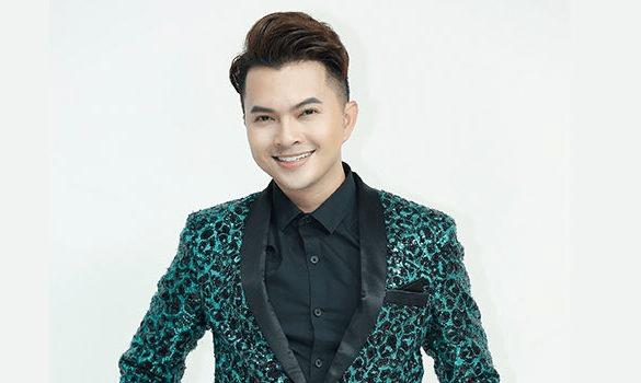 Điều đặc biệt gì khiến ca sĩ Nam Cường lựa chọn Ghế massage KLC chăm sóc sức khỏe?
