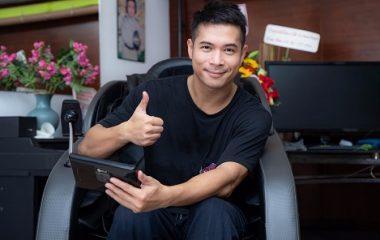 Ca sĩ Trương Thế Vinh với những trải nghiệm từ ghế massage KLC KY8989