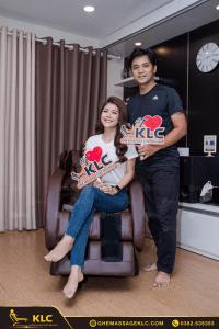 Gia đình MC Thanh Phương - ca sĩ Huy Luân tin dùng ghế massage KLC khi được mẹ Kim Xuân (NSND) giới thiệu
