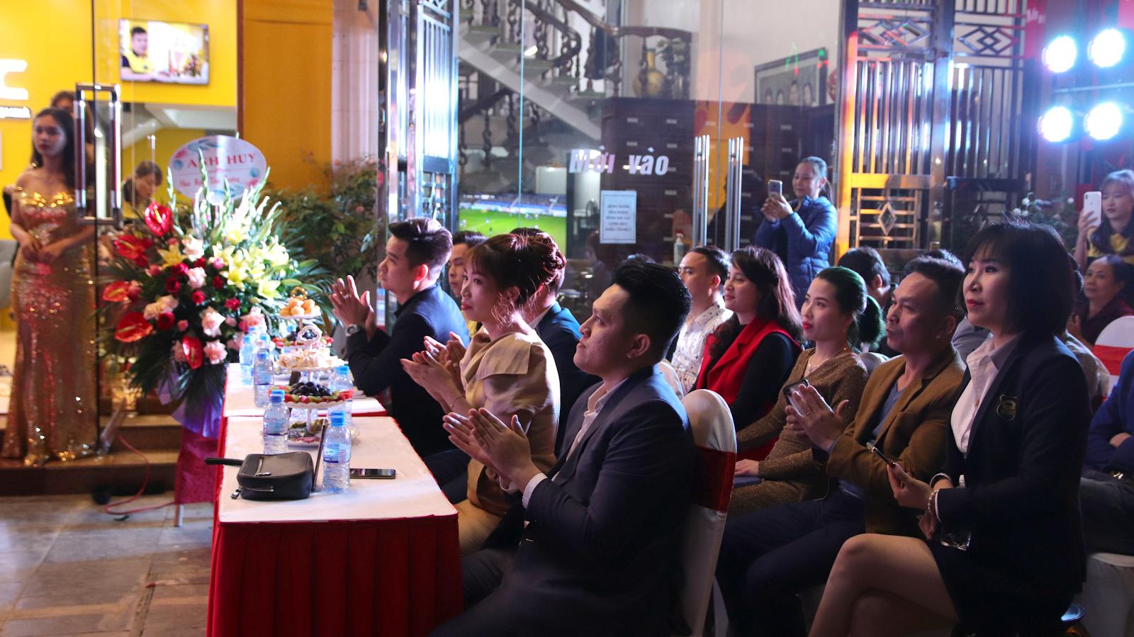Sự kiện Lễ khai trương showroom Ghế Massage Chính Hãng KLC Hạ Long