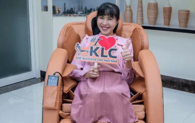 Ghế massage KLC – Bí quyết chăm sóc sức khỏe của MC Quỳnh Hoa