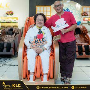 3 ghe massage KLC thay loi yeu thuong den nhung nguoi phu nu ban yeu Ghế massage KLC
