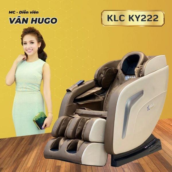 diễn viên Vân Hugo cùng ghế massage KLC Ky222