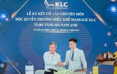 Lễ kí kết Cố vấn chuyên môn độc quyền thương hiệu Ghế Massage Chính Hãng KLC cùng với TS.BS Tăng Hà Nam Anh