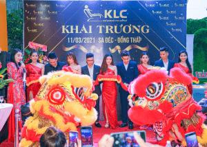 1su kien khau truong showroom ghe massage chinh hang klc dong thap Ghế massage KLC