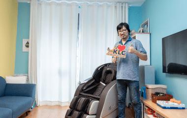 Hỏi xoáy – đáp xoay cùng giáo sư Cù Trọng Xoay trên ghế massage KLC KY3388