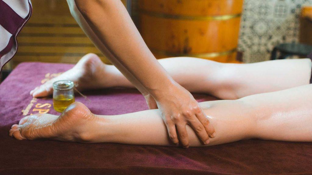 cách massage toàn thân cho phụ nữ